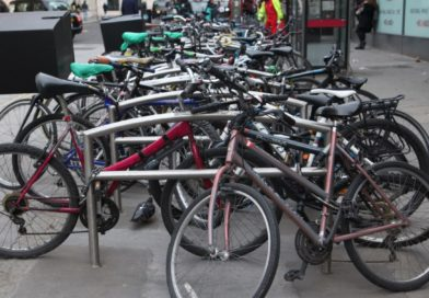 Survey of 1,800 London cyclists outlines dire need for secure bike parking