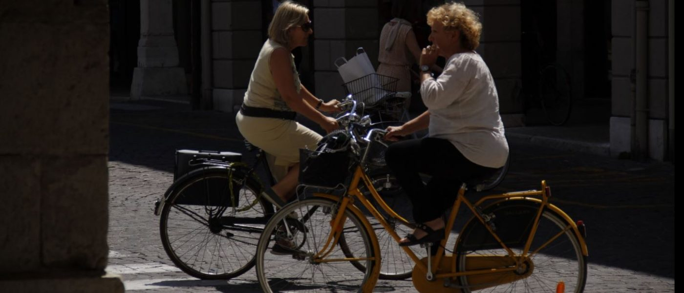 bicycle buying womens