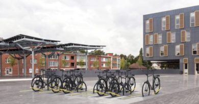 Eindhoven student invents bike parking that retracts into the ground