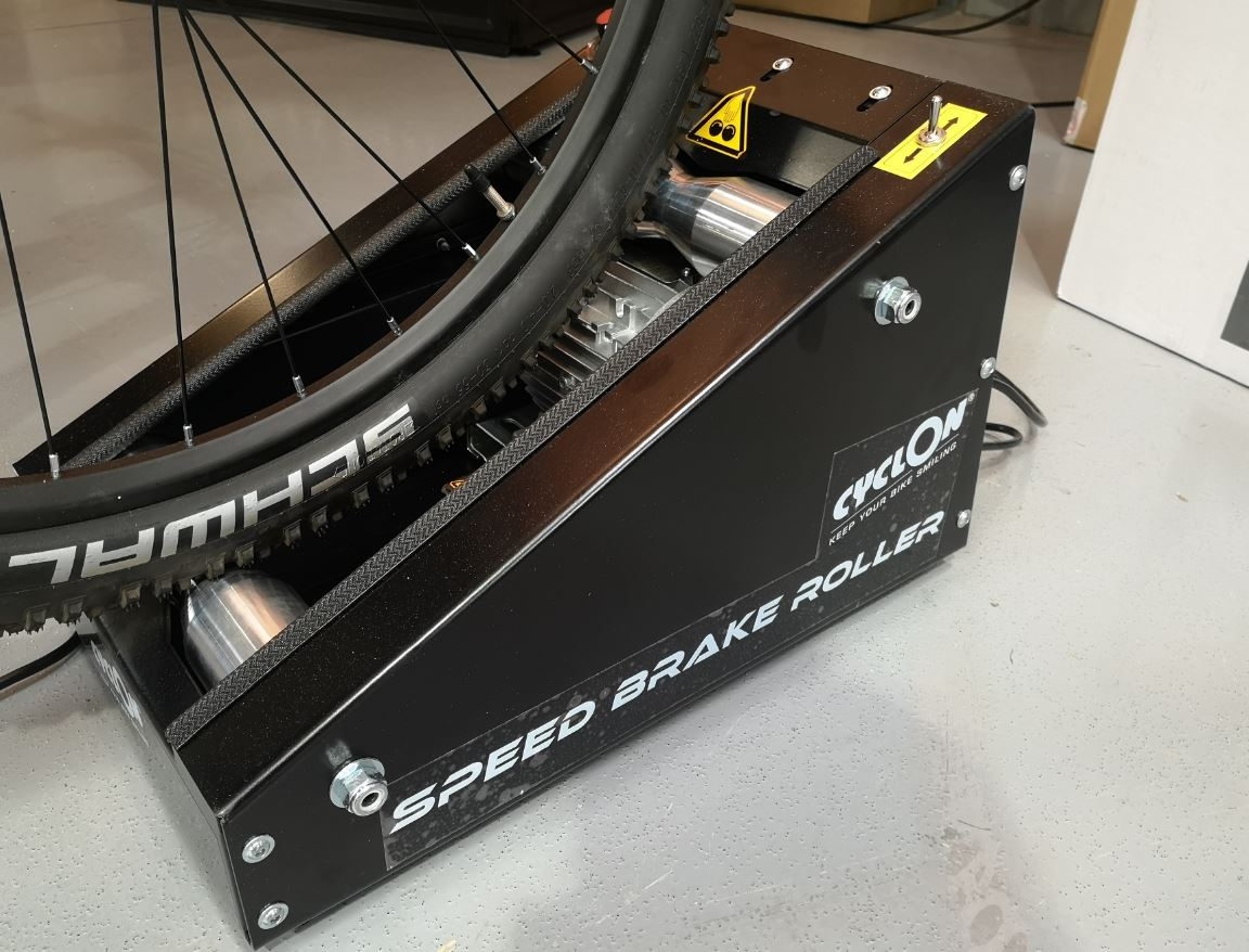 f9751ff460a Bike Place 2019: Cyclon's Speed Brake Roller beds in brakes before the bike  leaves the shop