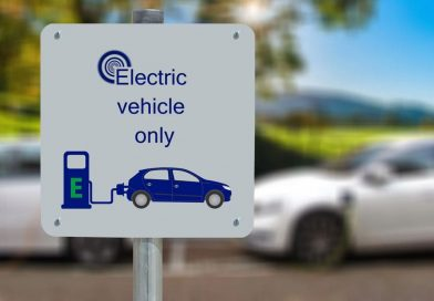 """Electric car """"obsession"""" to see Net Zero goals missed, writes Oxford Uni Transport Professor"""